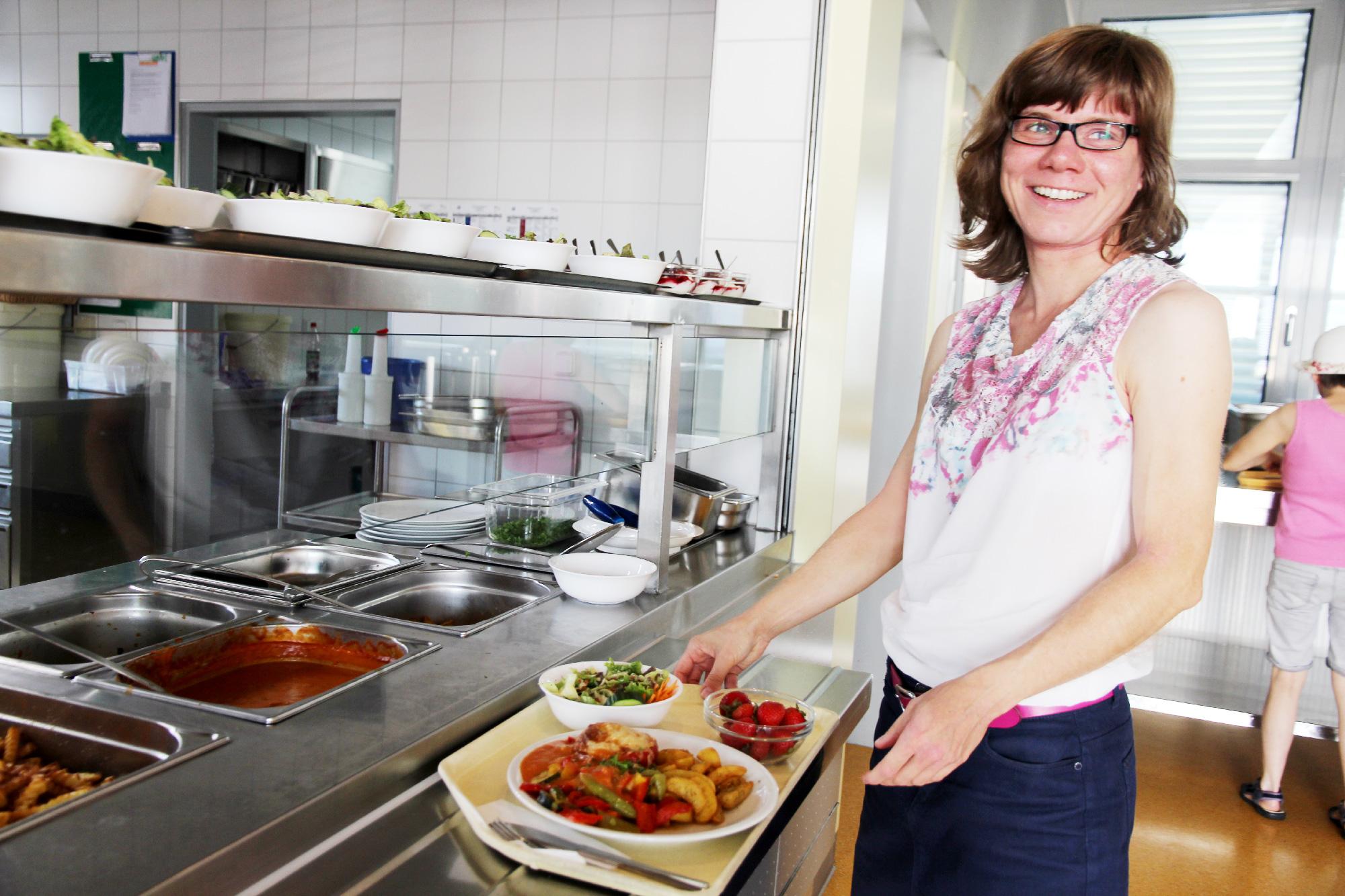 Doreen Rank ist Stammkunde in der Kantine der Moritzberg-Werkstätten.
