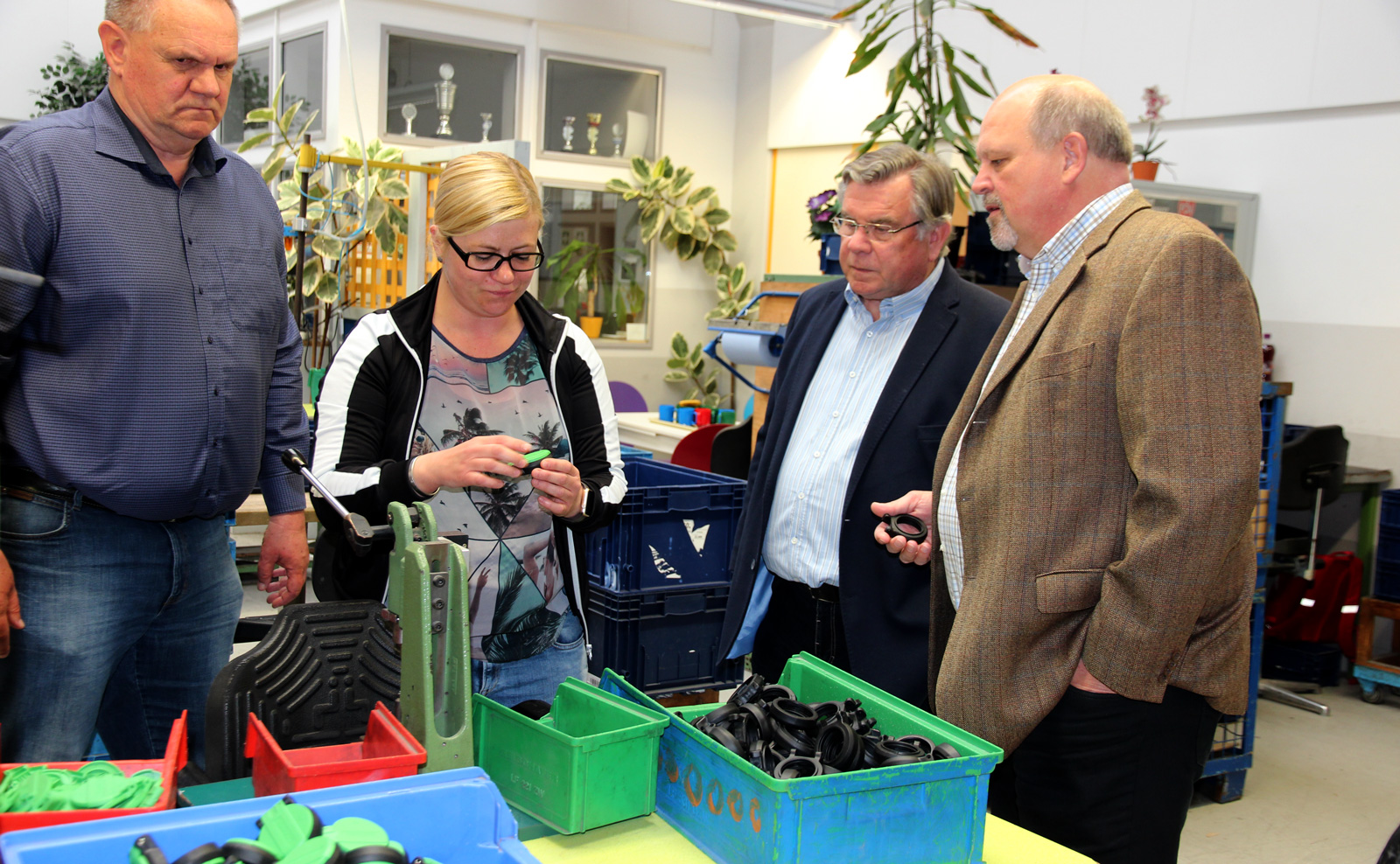 Der Vorsitzende der Lebenshilfe Erlangen folgte gern der Einladung zu einer Werksbesichtung der Moritzberg-Werkstätten.