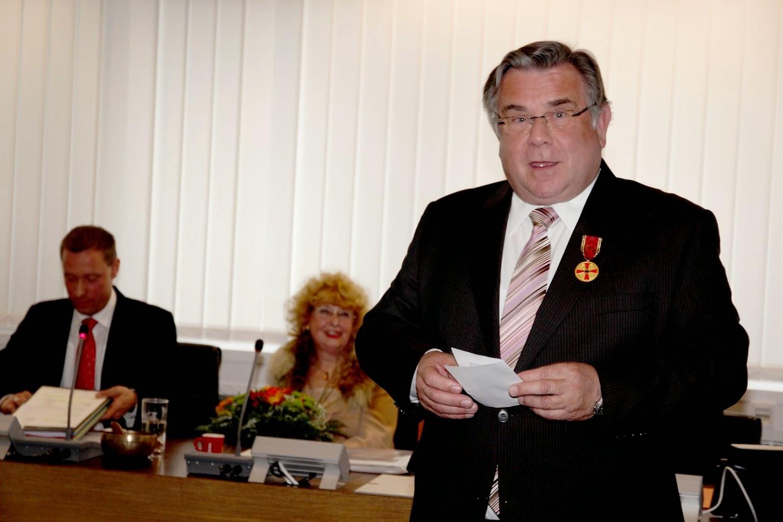 Würdigung 2013 mit dem Verdienstorden der BRD.