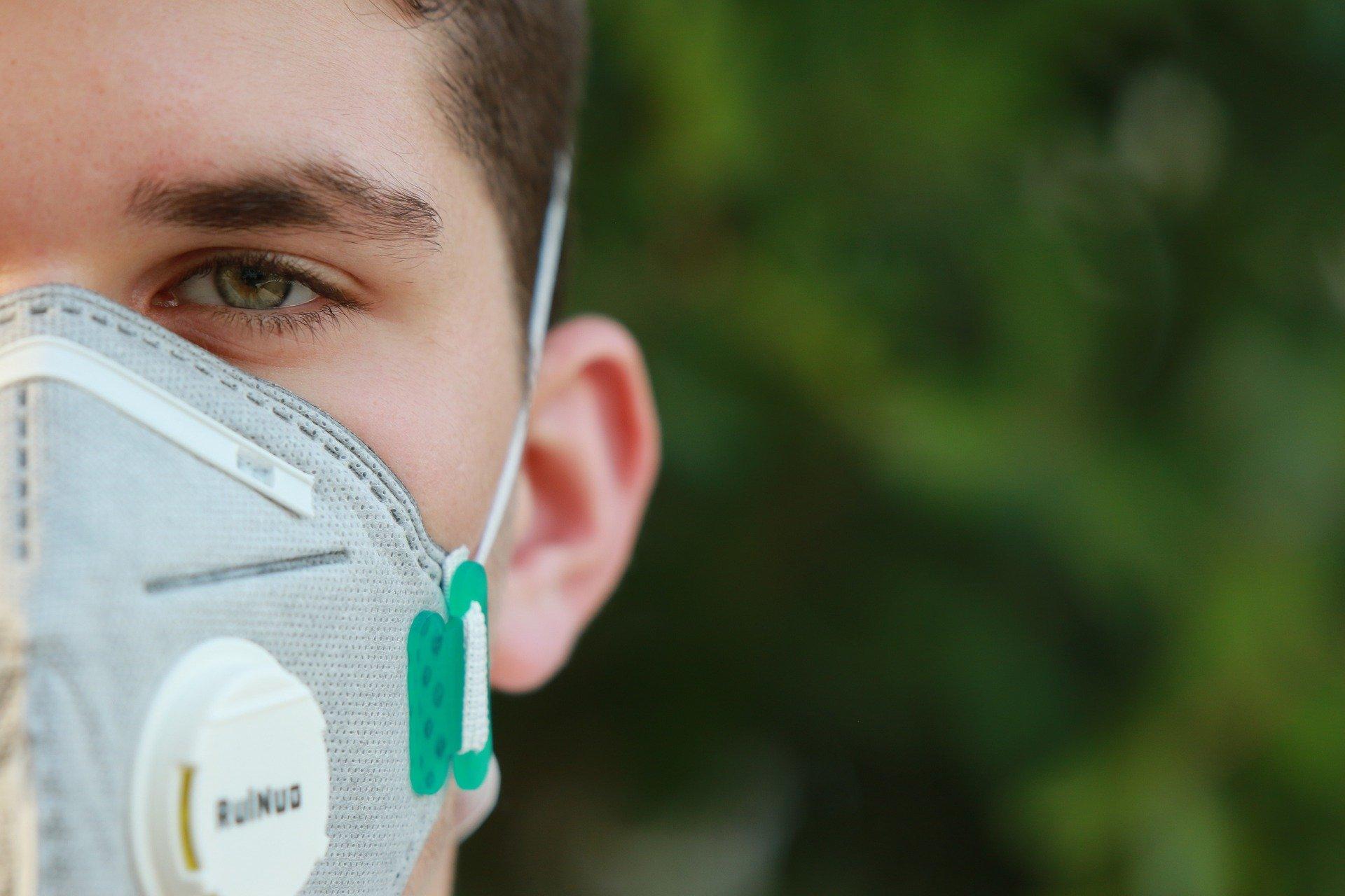 Masken-Kompass: Mund-Nasen-Bedeckung / Stoffmaske (MNB), Mund-Nasen-Schutz (MNS) und filtrierende Halbmasken (FFP)