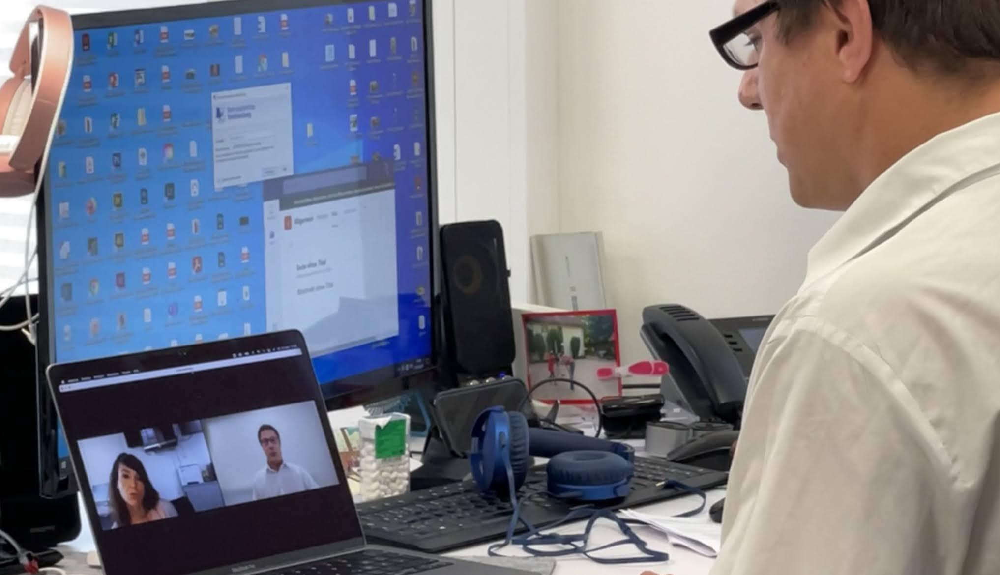 Thomas Obst im Gespräch mit ZDF-Redakteurin Nora Liebmann. Das Interview wurde per ZOOM, also digital geführt.