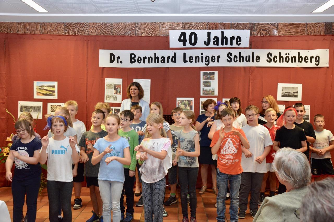 Abschied nach 37 Jahren an der Dr. Bernhard Leniger Schule für Rektor Erwin Janko