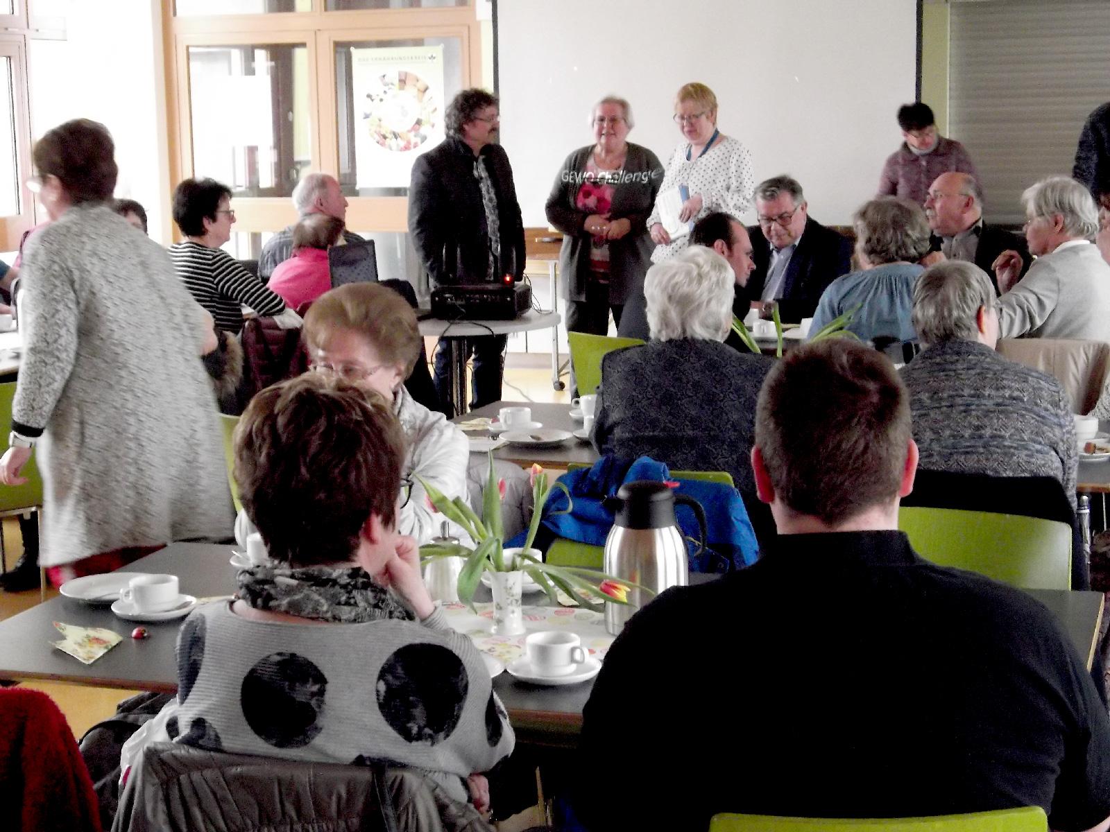 Liane Spieß moderierte und informierte den Elternkaffee der Moritzberg-Werkstätten.