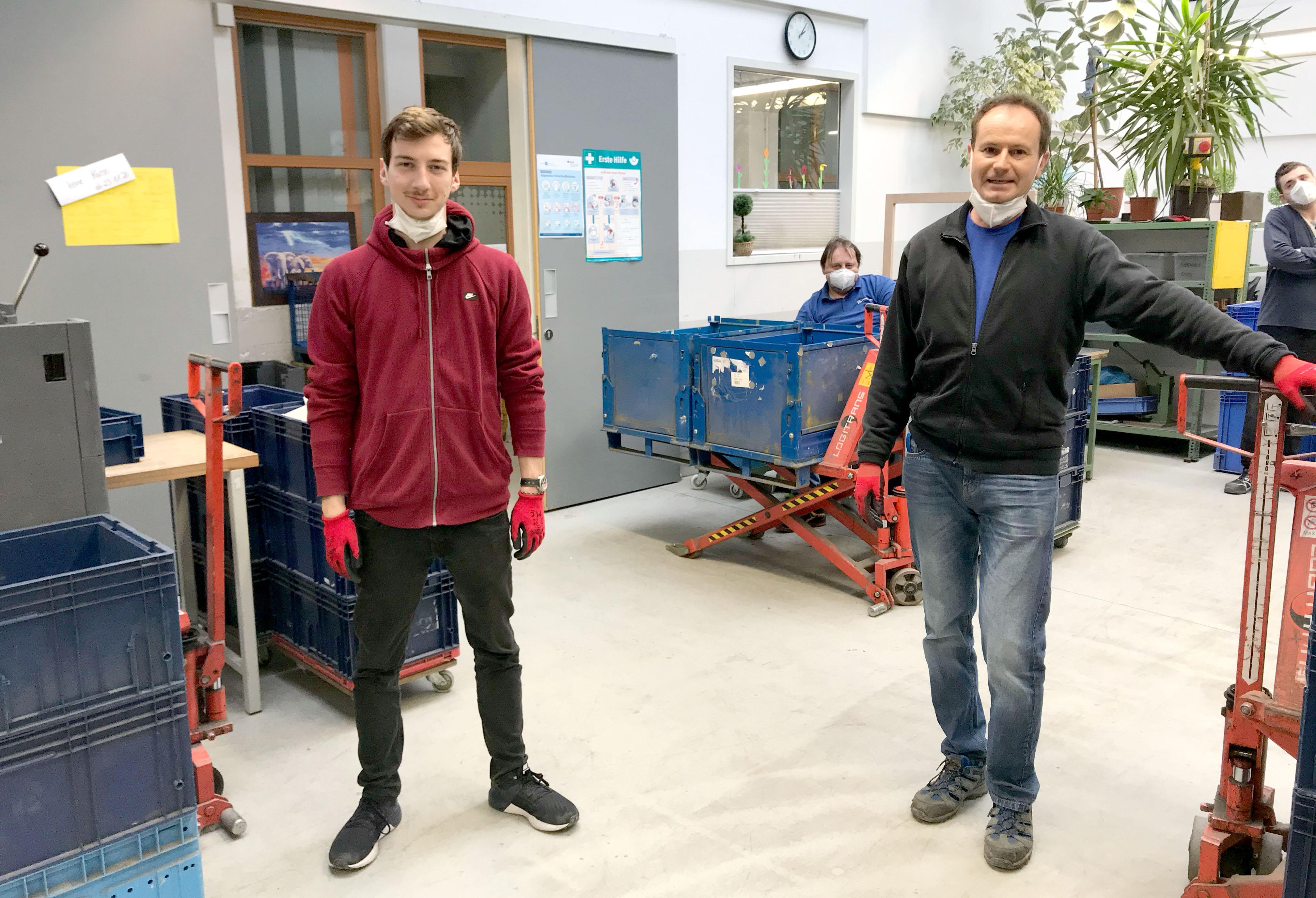 Das Leitungsteam der Fertigung 4 mit Katrin Weber und Rainer Full, ergänzt seit 17. Mai Manuel Schobert.