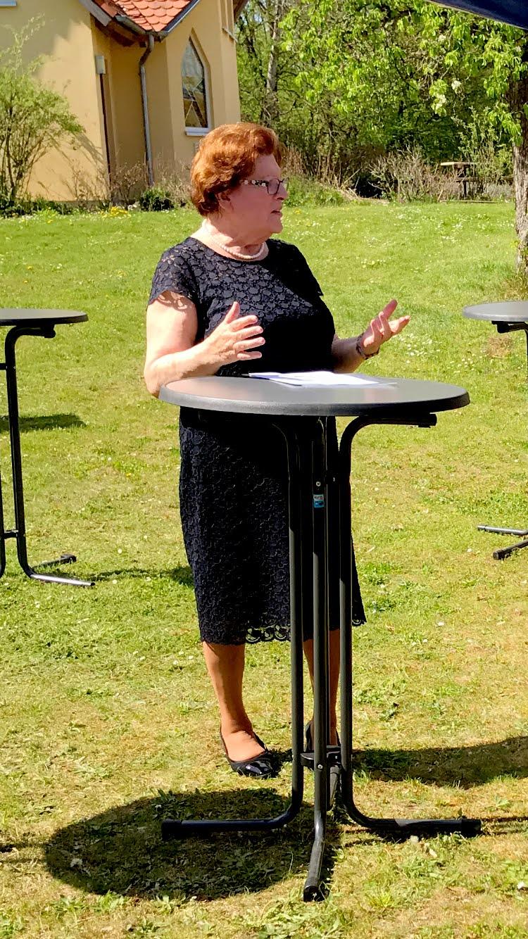 Barbara Stamm kam gern persönlich nach Schönberg, um Norbert Dünkel für sein Engagement für Menschen mit Behinderung zu ehren.