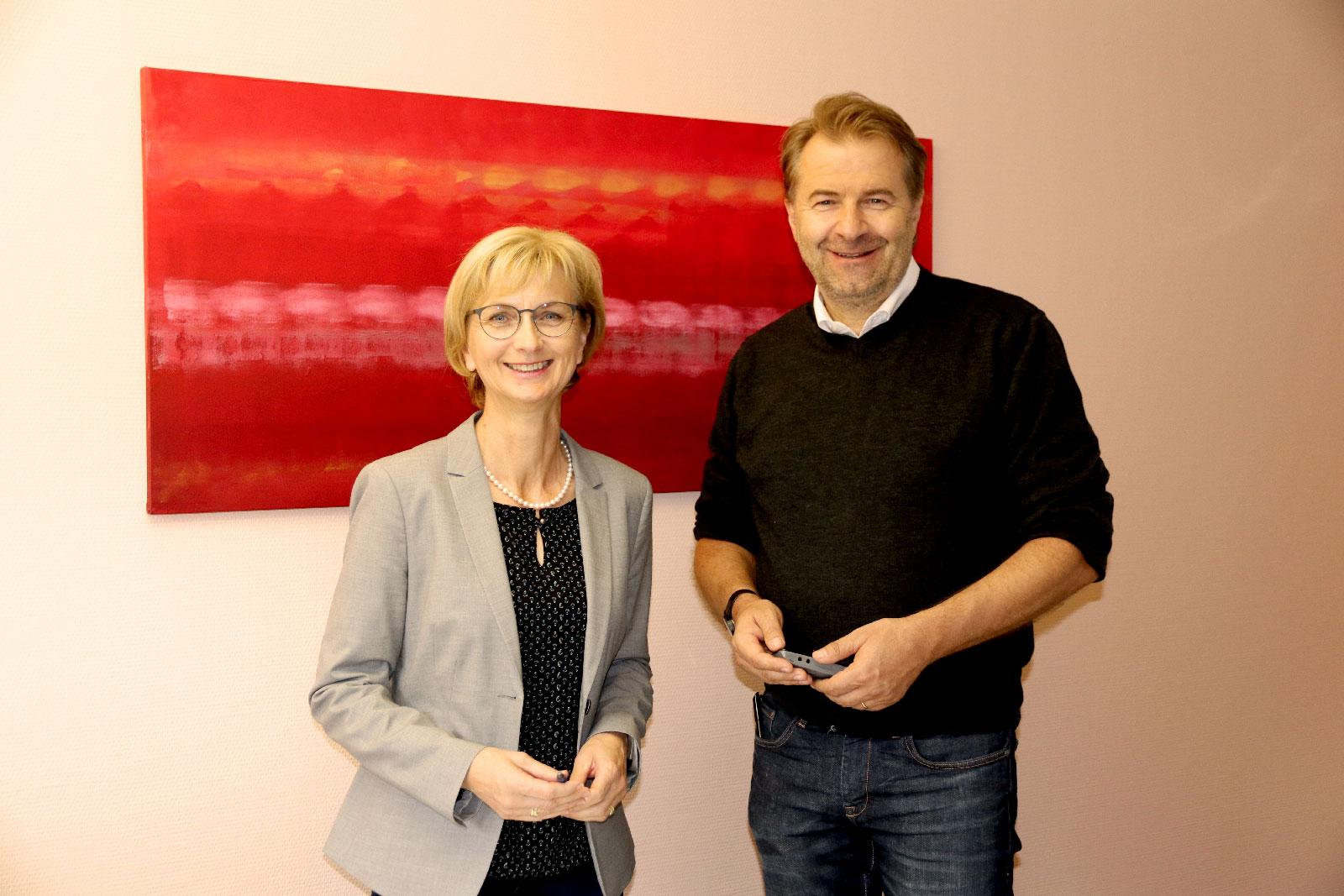 Das neue Leitungsteam Rechnungswesen: Anna-Maria Kernstock und Jochen Potzel.