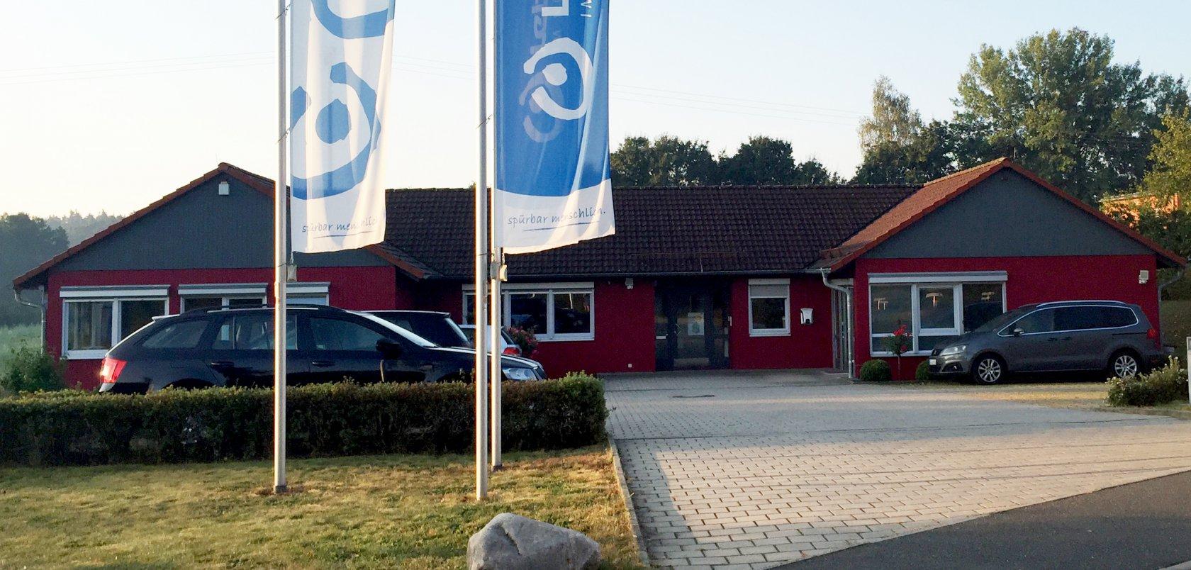 Die Hauptverwaltung der Lebenshilfe in Schönberg. 2006 wurde die Geschäftsstelle zuletzt erweitert.