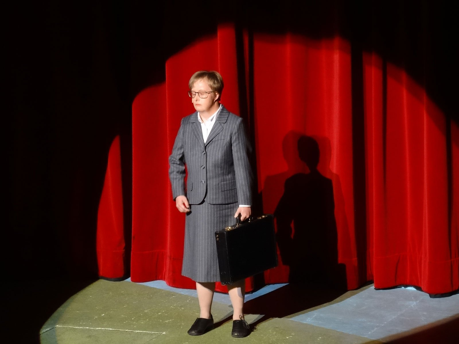 Sonja Hoffmann als Darstellerin im Stück Pension Schöller am Schauspielhaus Nürnberg.