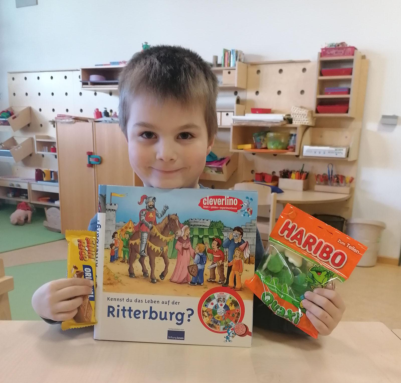 Neun unserer Kinder der Heilpädagogischen Tagesstätte haben tolle Bilder gemalt und Preise gewonnen!