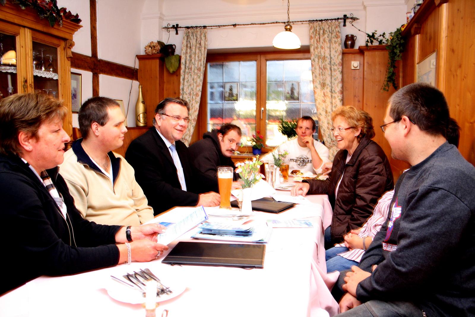 http://www.lebenshilfe-nbg-land.de/arbeiten-und-foerdern/moritzberg-werkstaetten/aktuelles/neuer-elternbeirat.html