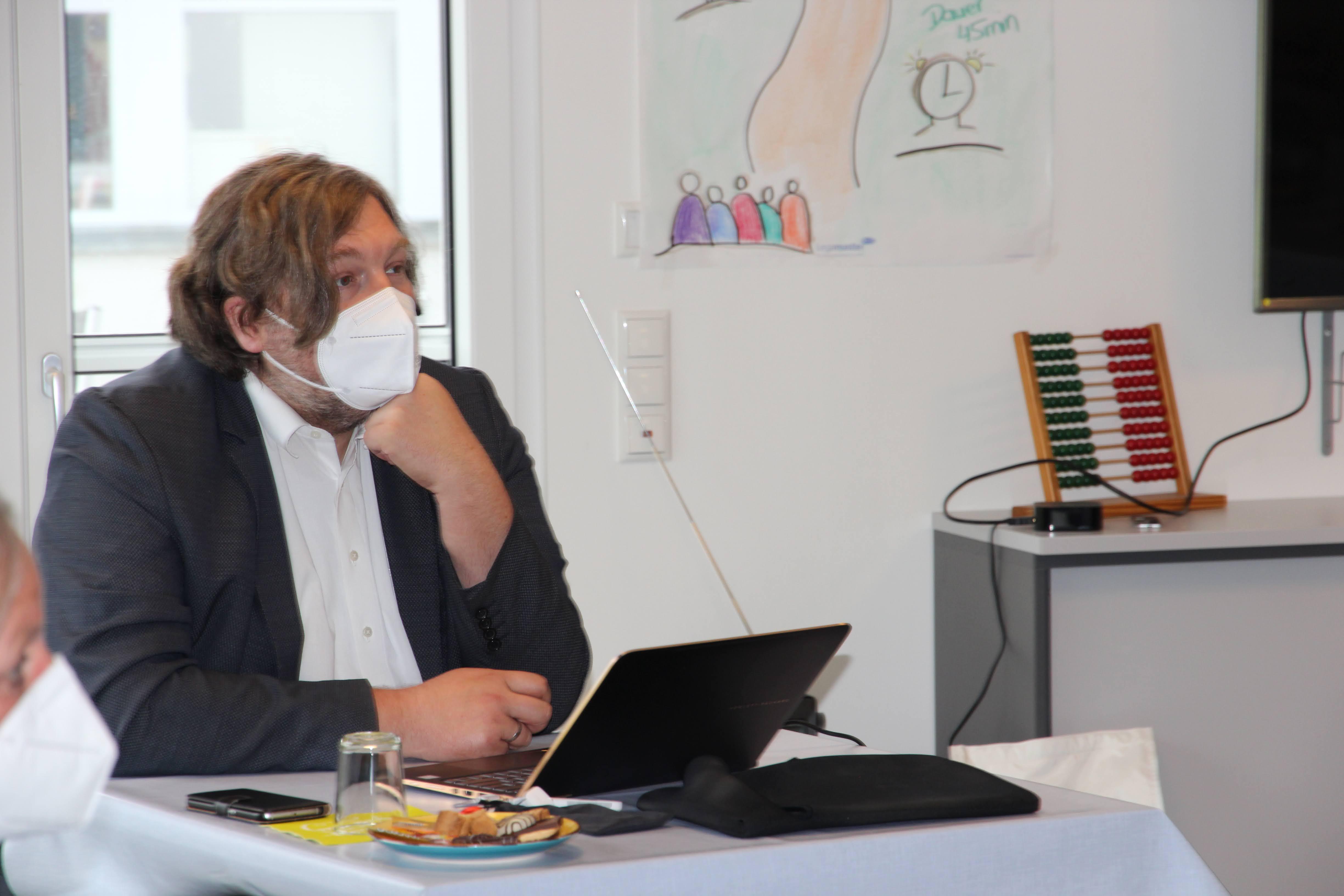 Lob für Krisenmanagement von den Auditoren Dr. Markus Reimer (Foto) und Gerhard Weidemann. Dank des Hygienekonzepts war eine Systembegutachtung auch 2021 in Präsenz möglich.