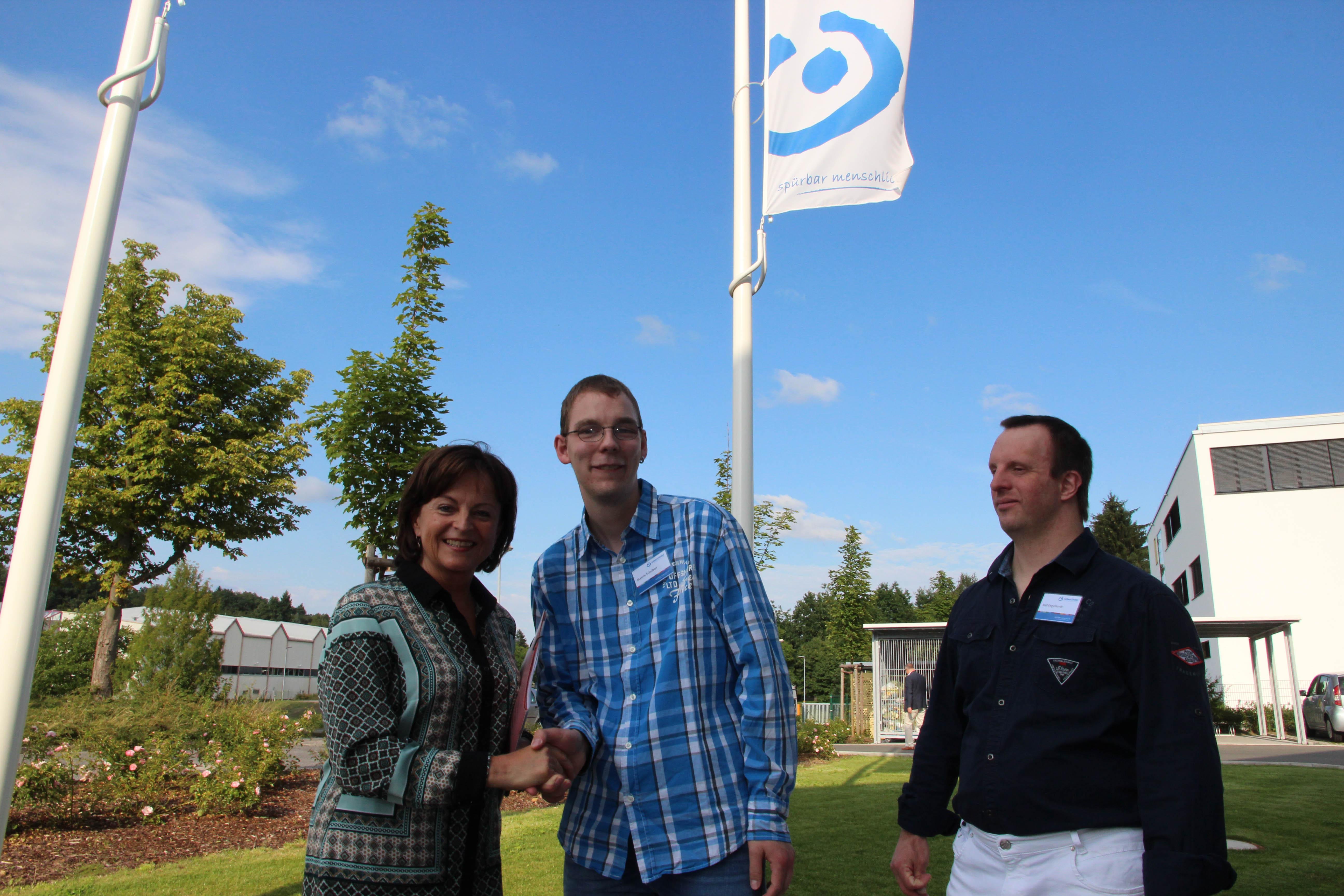 Große Freude über politschen Besuch: Marlene Mortler, MdB mit den IWW-Bewohnervertretern Marvin Schreibler und Ralf Engelhardt