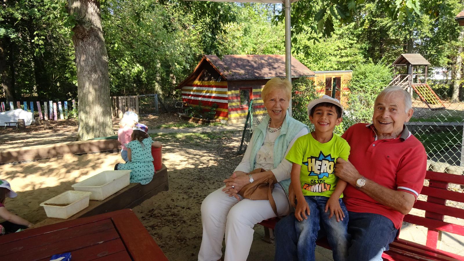 Spender und Bärenkinder genossen den kurzweiligen Vormittag in der Kita Hersbruck.