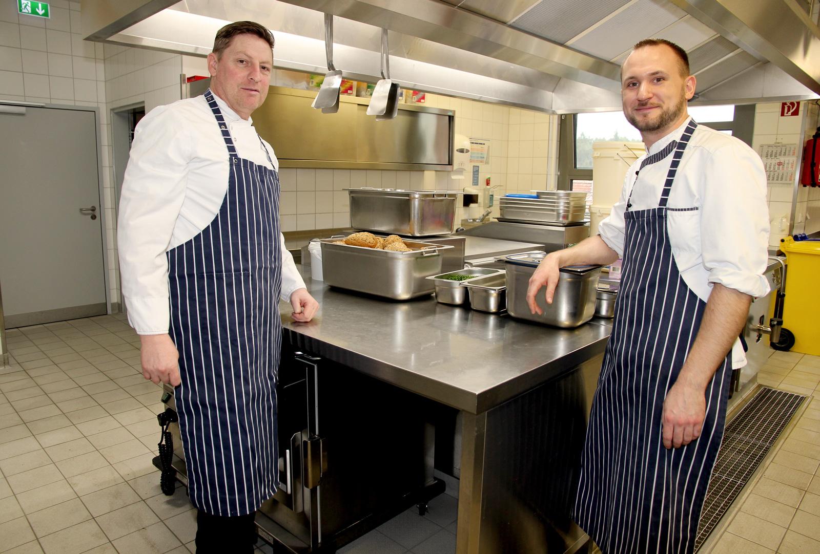 Frisch, lecker, regional und saisonal. Küche der Moritzberg-Werkstätten produziert über 600 Essen täglich.
