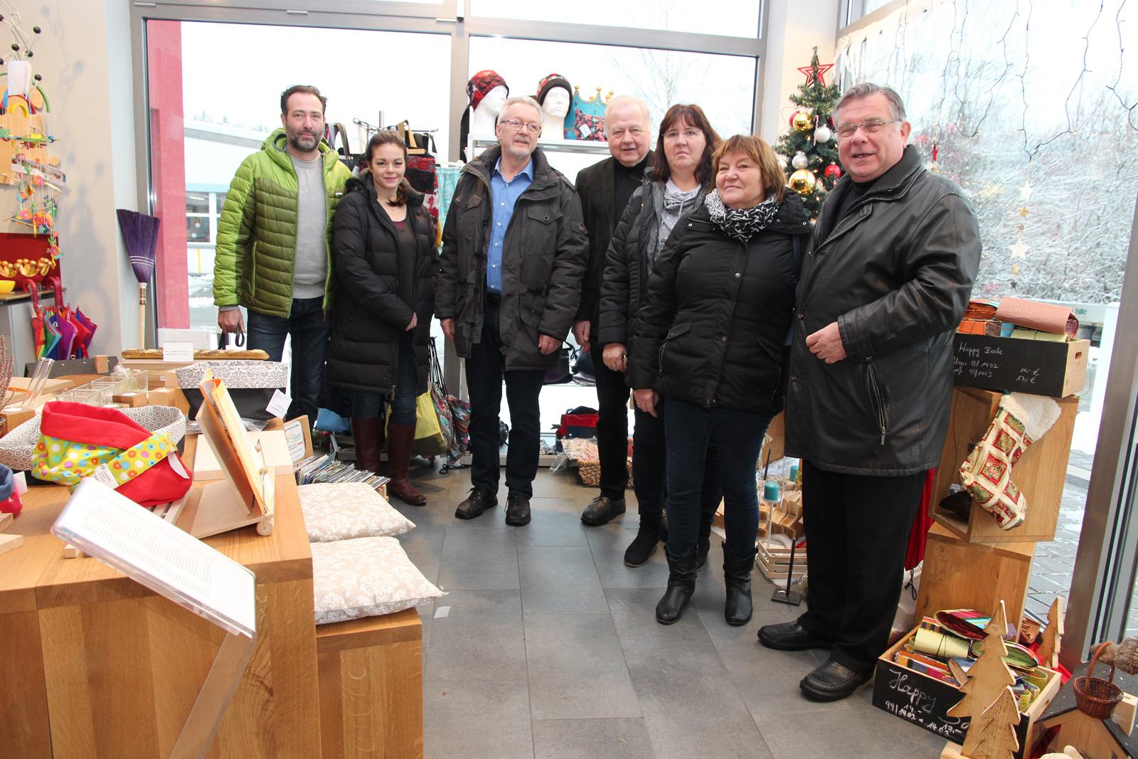 Delegation der Lebenshilfe Eisenach informierte sich. – Ausklang des Informationsaustausches am Standort Schönberg bei einem Besuch des Werkstattladens.