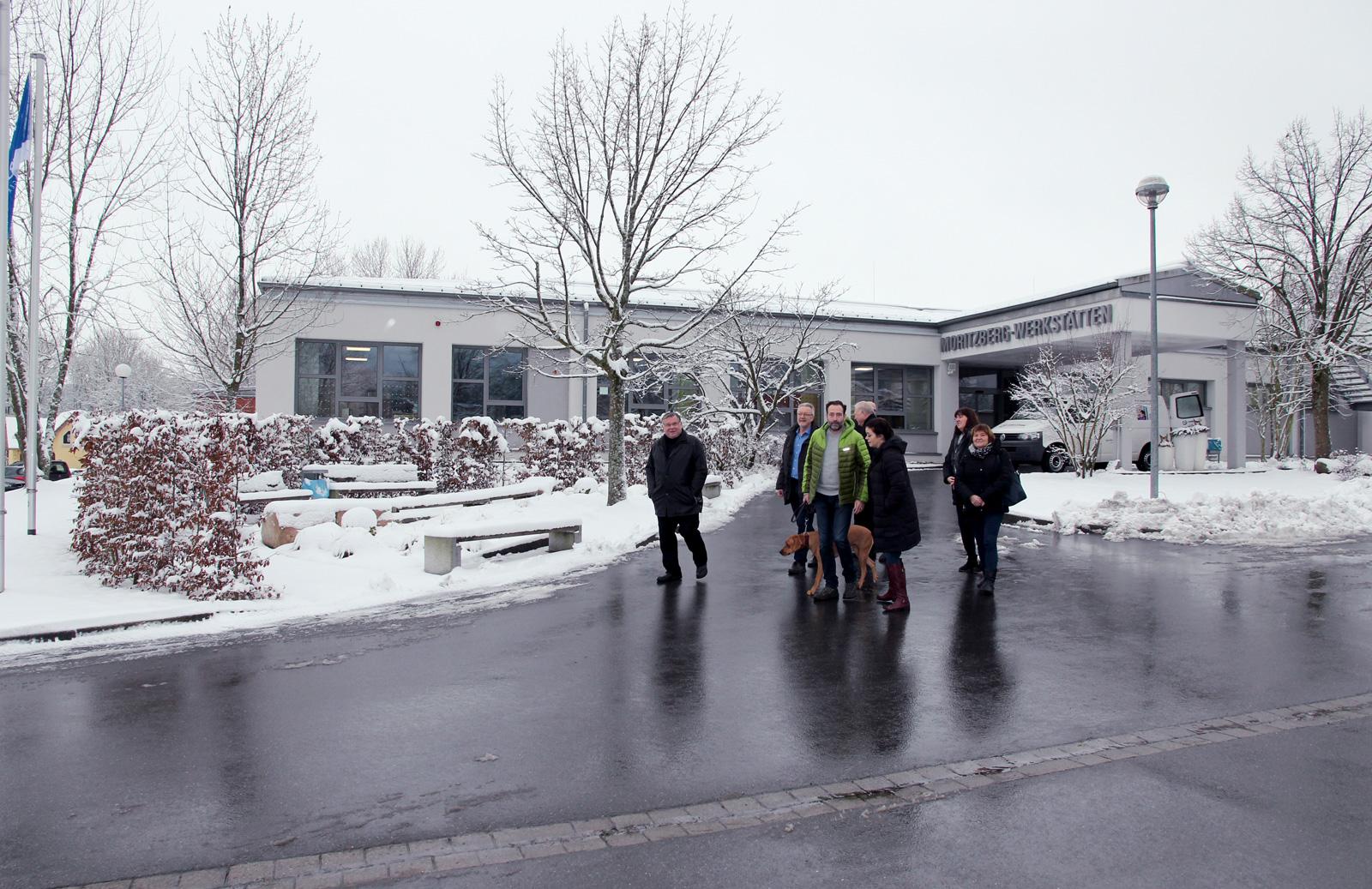 Rundgang und gute Gespräche. Die Gäste der Lebenshilfe Eisenach interessierten sich sehr für den Bereich der Werkstätten.