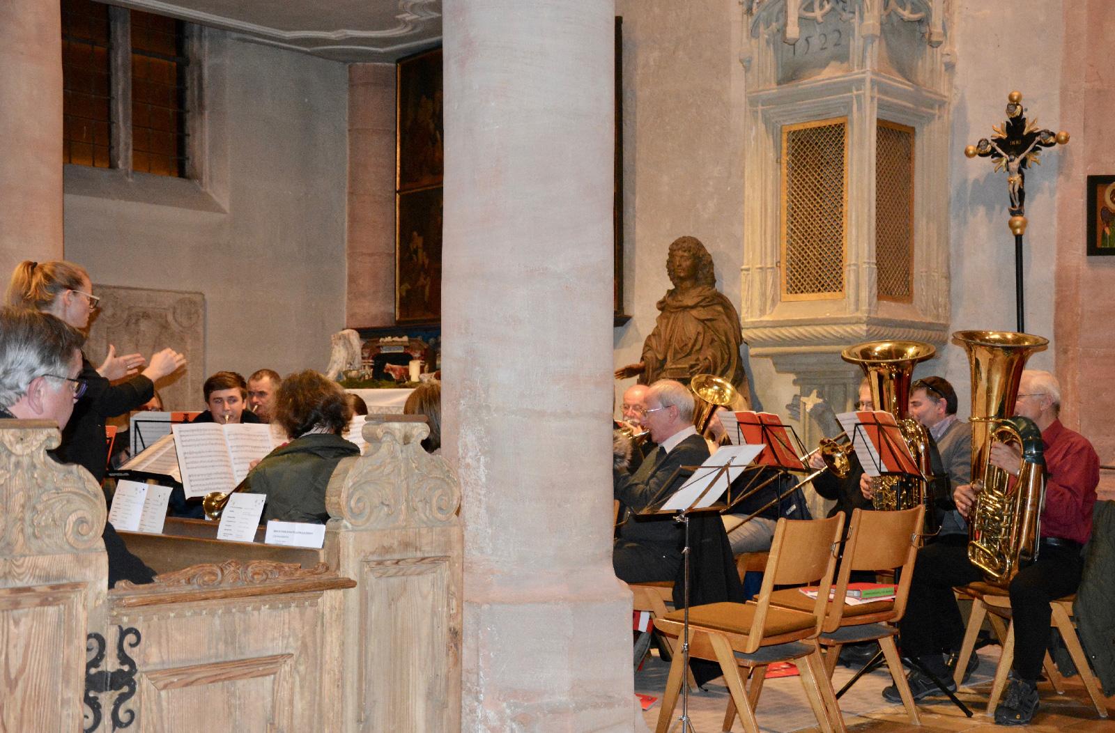 Trug mit zum Gelingen des Programms bei: der Posaunenchor Ottensoos unter der Leitung von Linda Lehmeier.