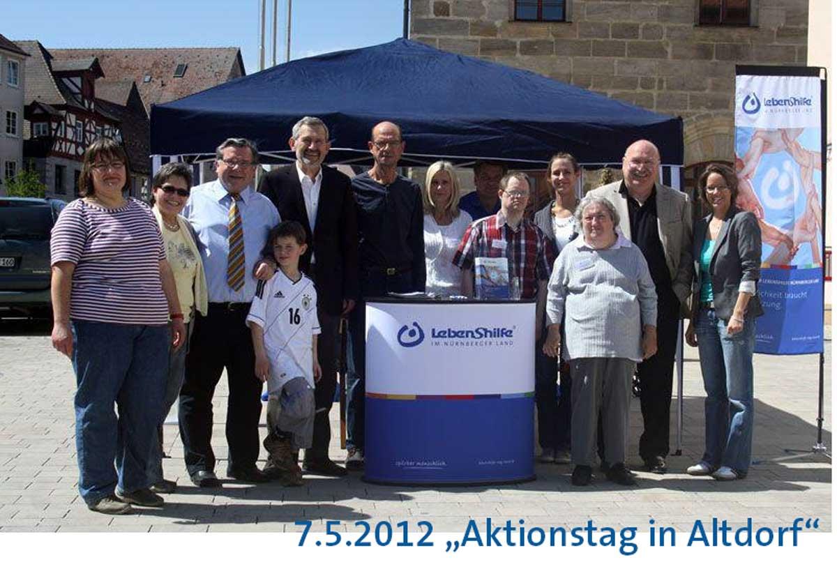 Manni Drexler – ein leiser Unterstützer, der mit viel Herzblut und Engagment für Menschen mit Behinderung eintrat, wie beispielsweise am Aktionstag in Altdorf 2012.