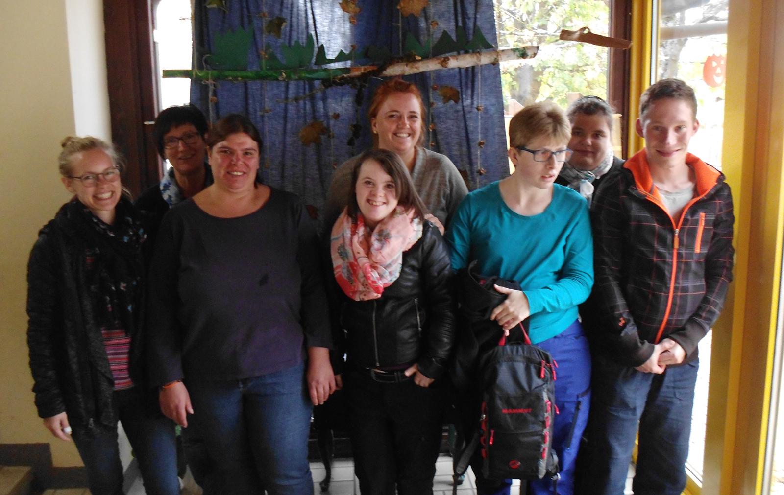 Jugendliche des Berufsbildungsbereiches der Werkstatt besuchten die Inklusive Kindertagesstätte der Lebenshilfe.