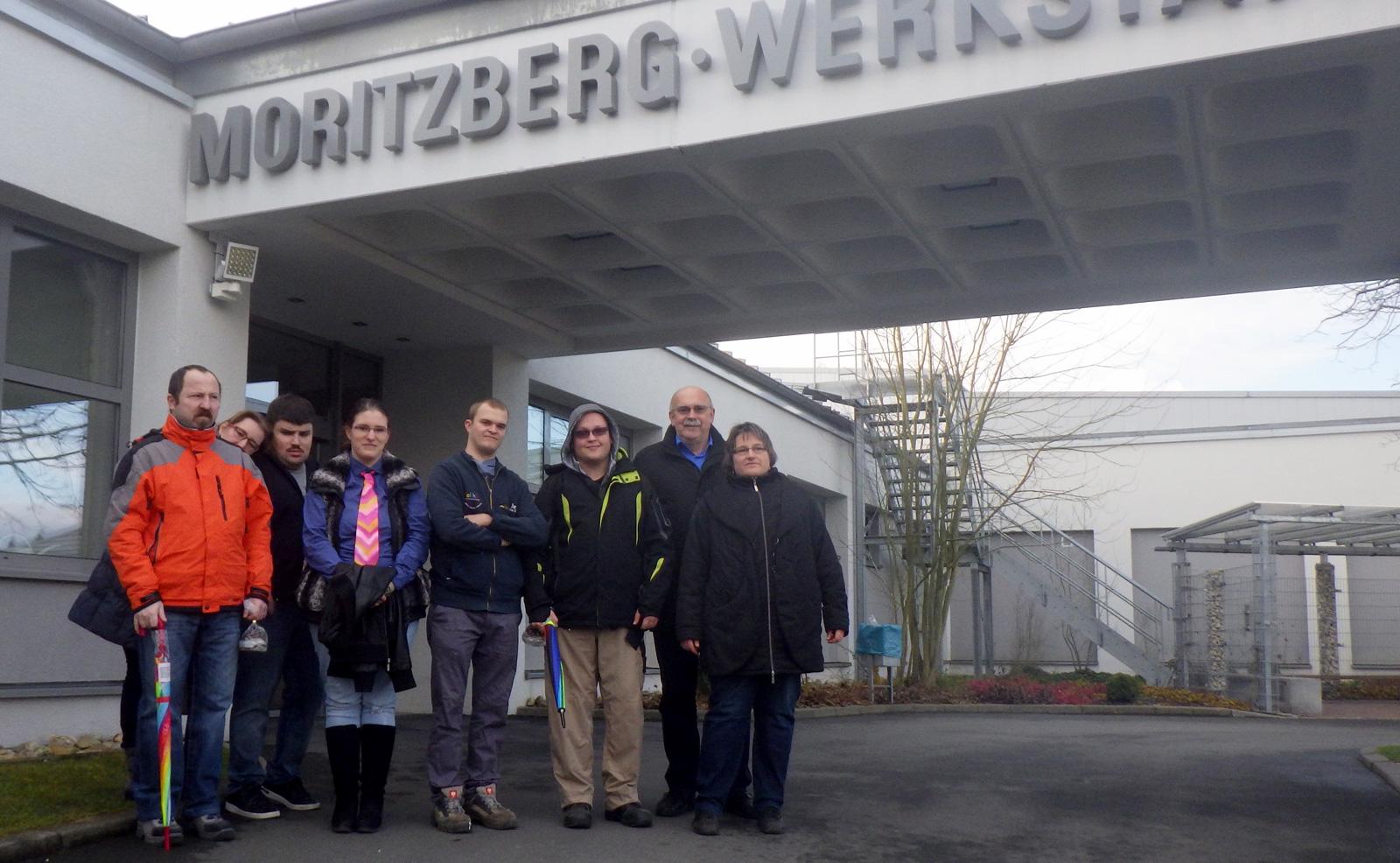 Dank, Lob und Glückwünsche für alten und neuen Werkstattrat durch Werkstattleiter Hans-Manfred Wolf.