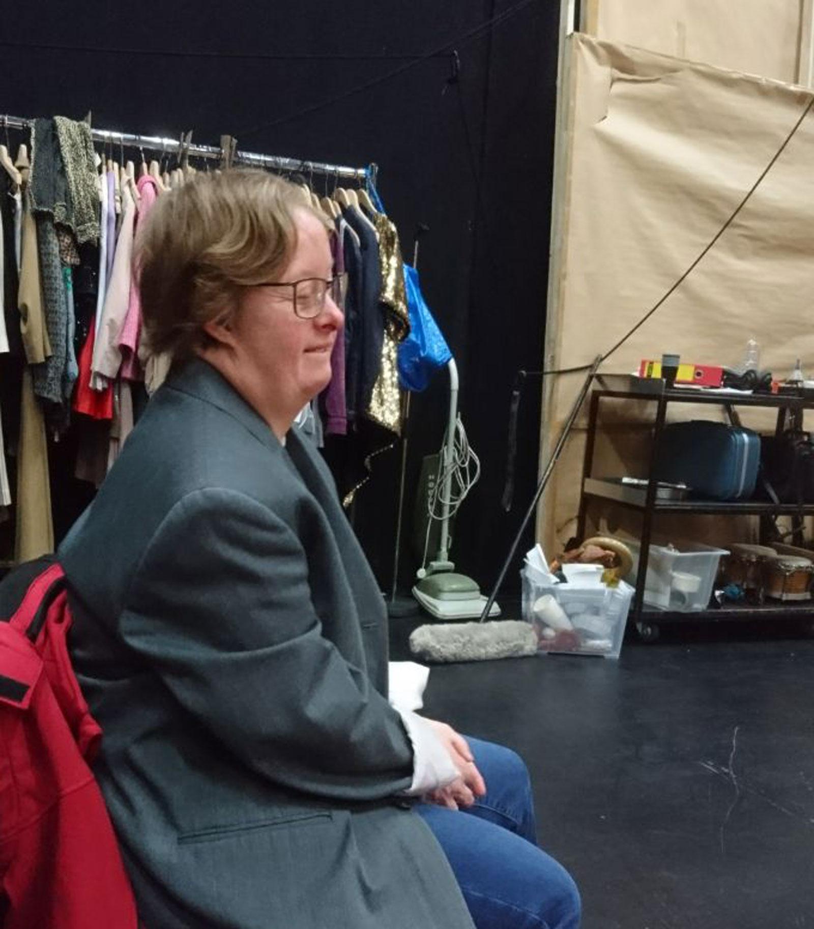 Bild zeigt Sonja Hofmann bei der Probe.
