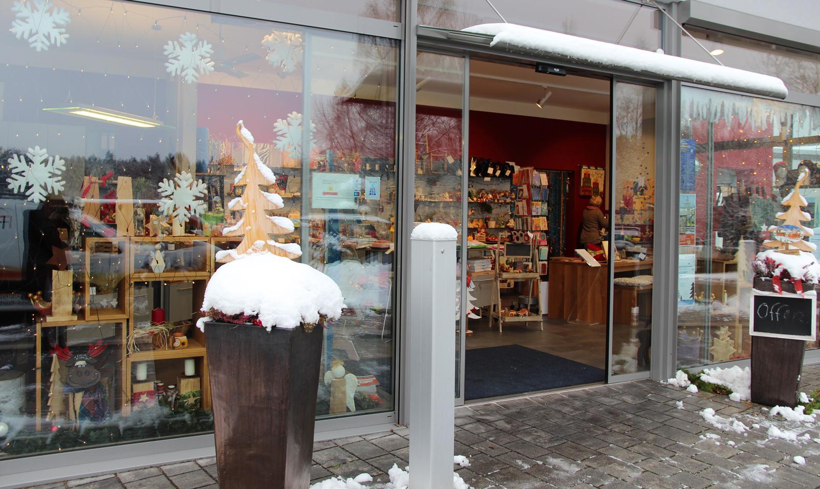 """Bei uns wird Schenken zum Fest: Der Lebenshilfel-Laden """"Geschenke & Mehr"""" , Nessenmühlstraße 35 in 91207 Lauf-Schönberg. #Weihnachten_kann_kommen"""