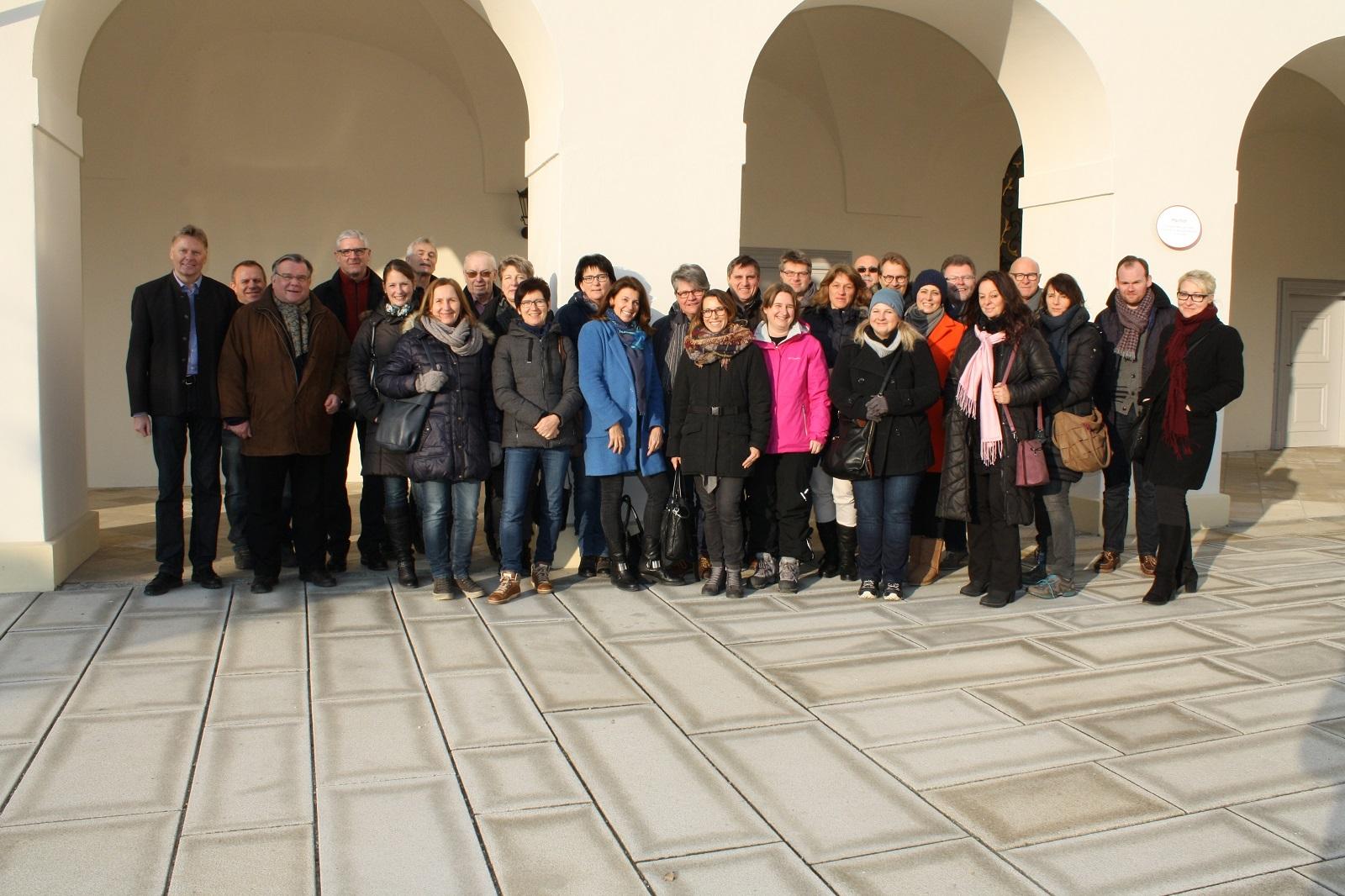 Gemeinsam das Beste für Menschen mit Behinderung erreichen: Drei Tage standen Vorstand, Geschäftsleitung und Einrichtungsleitungen der Lebenshilfe Nürnberger Land bei ihrer Klausurtagung in Passau intensiv im Dialog. Auf der Tagesordnung standen Themen wi