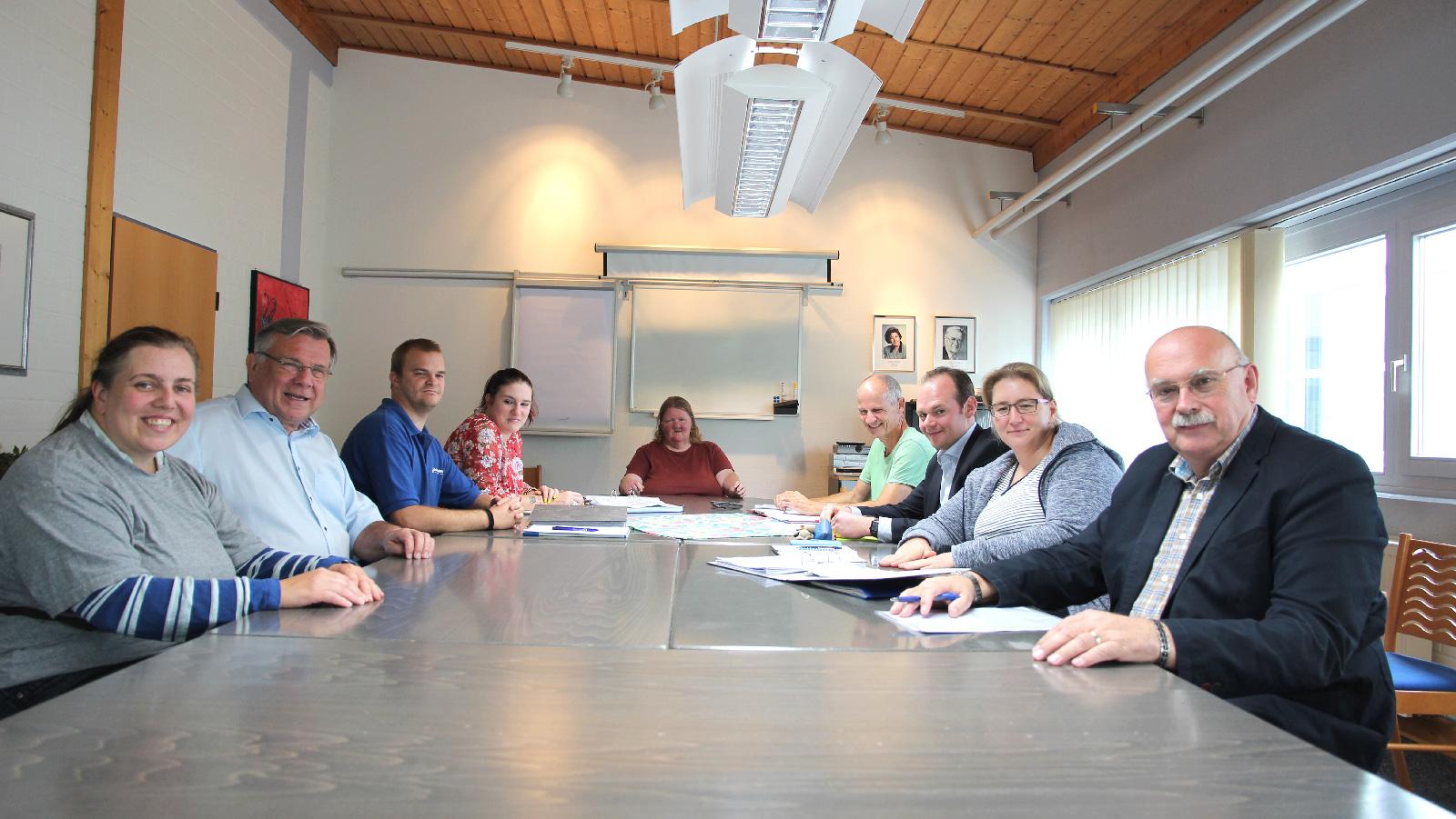 Werkstattleitung als auch Vorstand und Geschäftsleitung nahmen an der Werkstattratssitzung teil.