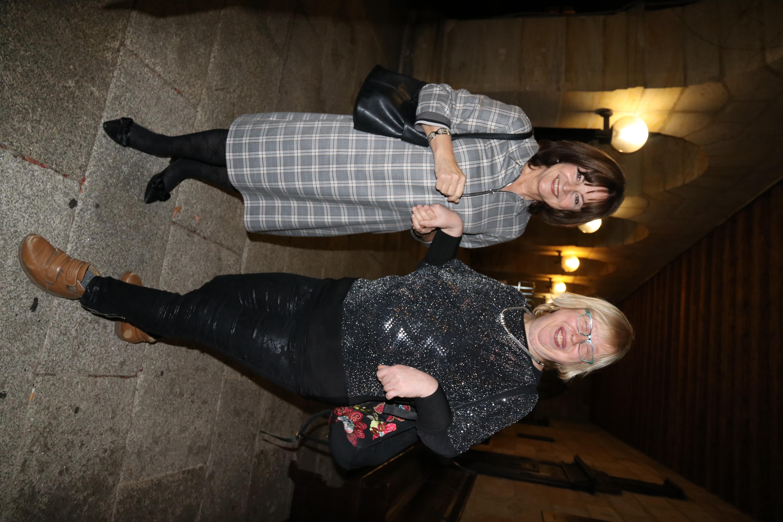 EU-Abgeordnete Marlene Mortler im Gespräch mit der Wohnstätten-Frauenbeauftragten Gabriele Näder