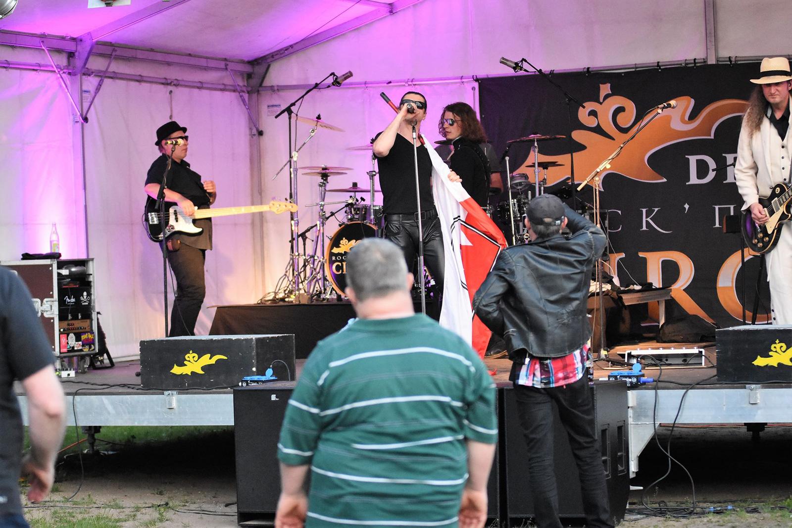 Bands und Musik fanden großen Anklang bei den Bewohnern der Wohnstätte. Rund 800 Gäste zog das Event an.